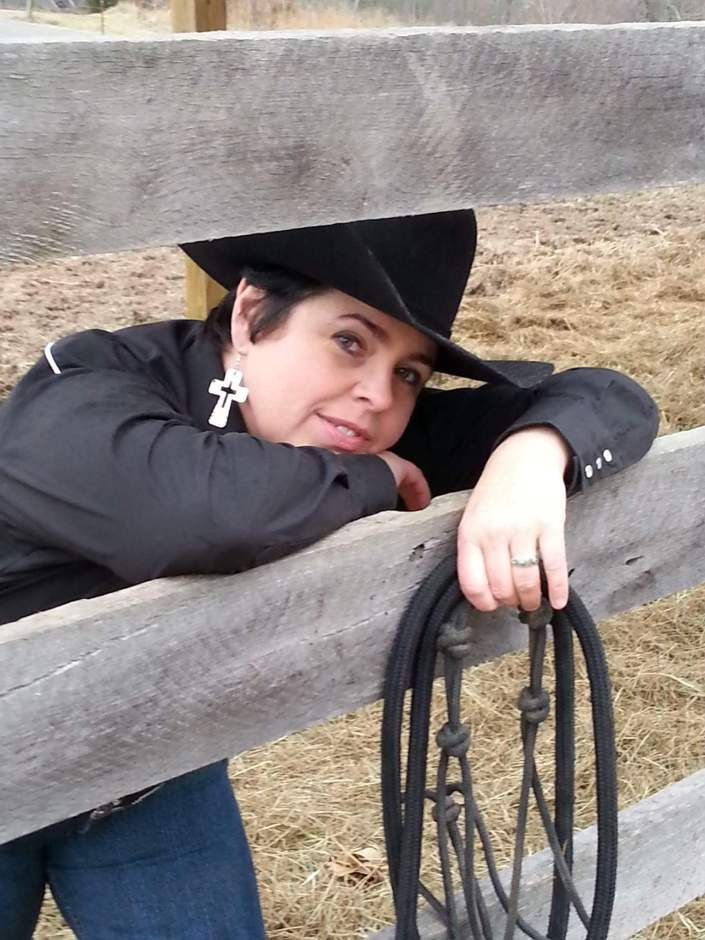 Equine Author F.J. Thomas Interview with Carly Kade Creative